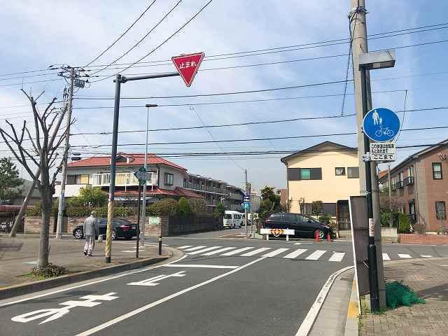歩く2.jpg