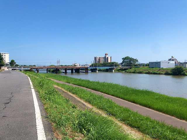 河3.jpg