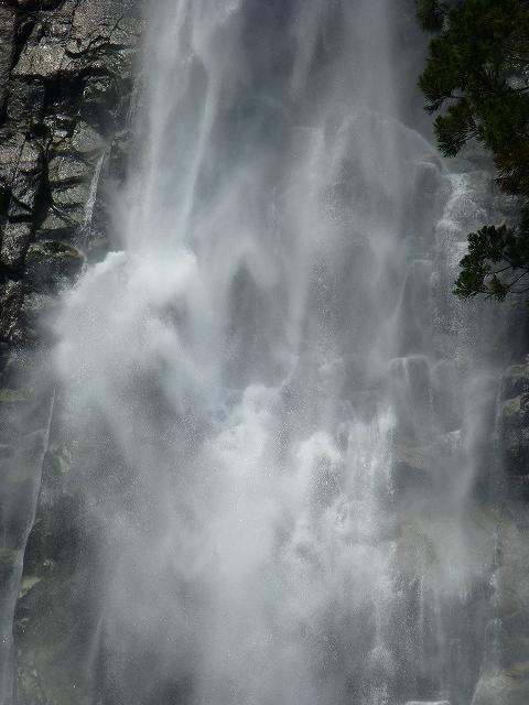 滝ズーム4.jpg