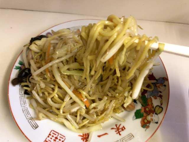 焼きそば4麺リフト.jpg