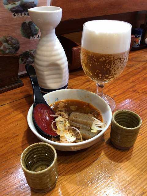 煮込み4熱燗グラスビール.jpg