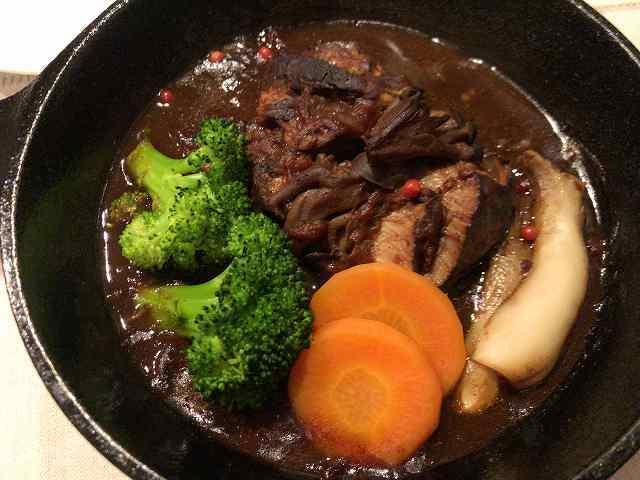 熱川豚赤ワイン煮2.jpg