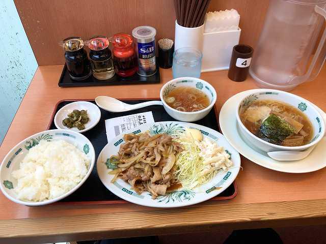 生姜焼1ハーフラーメン1.jpg
