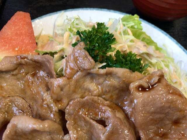 生姜焼5生野菜1スイカ.jpg