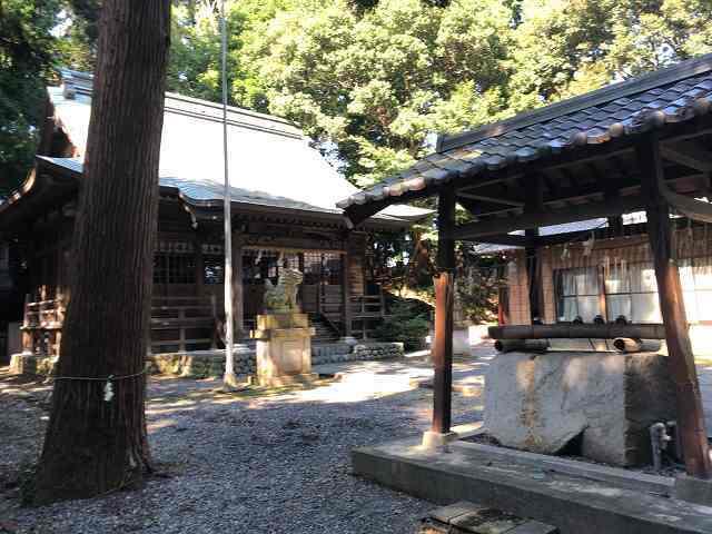 神社7境内.jpg