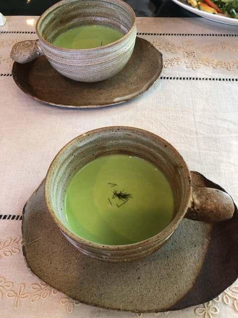 緑のスープ1.jpg
