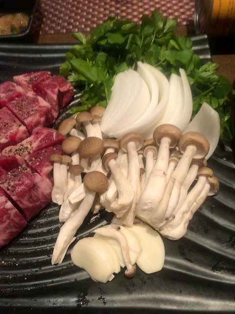 肉5野菜添え.jpg