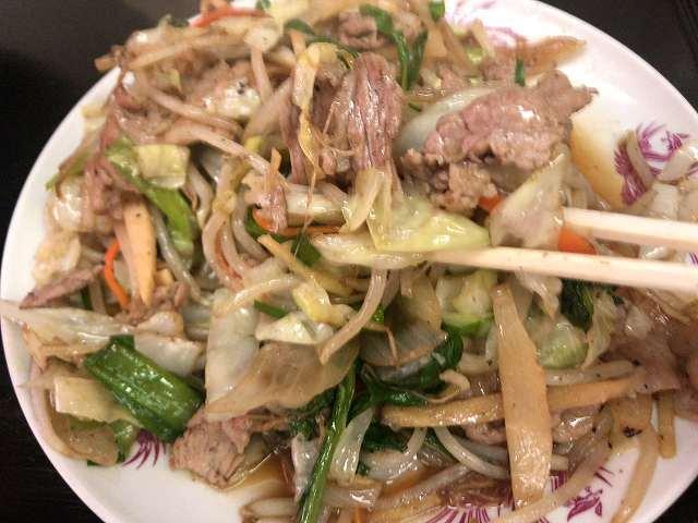 肉野菜12肉も摘まむ1.jpg