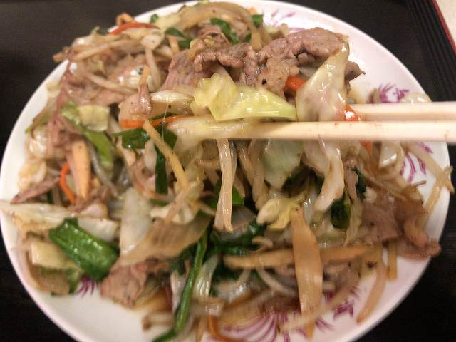 肉野菜14肉も摘まむ3.jpg