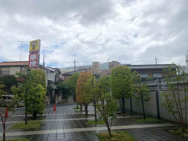 葛飾区2外は雨.jpg