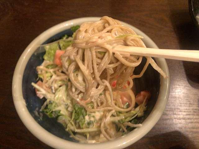 蕎麦サラダ5マヨまみれ1.jpg