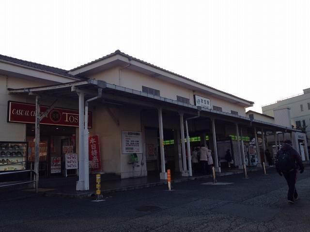 衣笠駅1.jpg