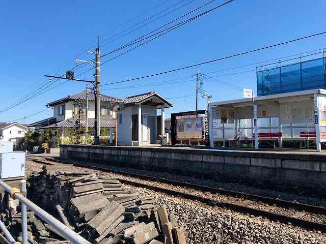 西山名駅1.jpg