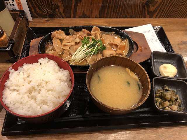 豚生姜焼1.jpg