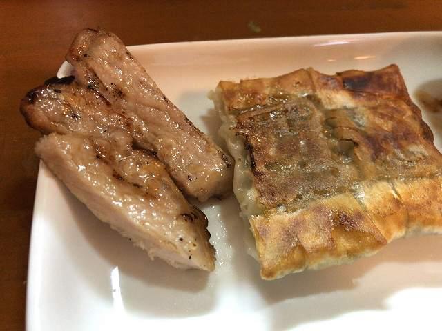 賄餃子7肉も.jpg