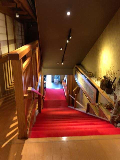 赤い階段.jpg