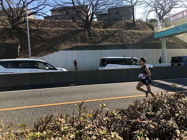 走る11東洋2.jpg