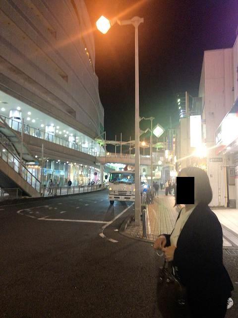 路地から駅前へ.jpg