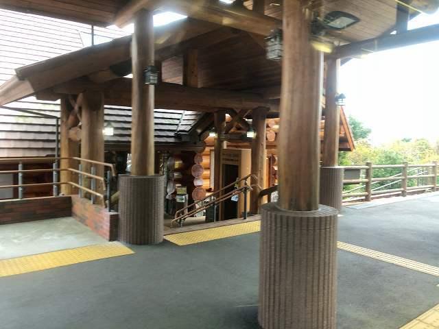 車窓18城ヶ崎海岸駅.jpg