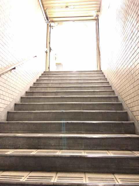 階段13もうすぐ出口.jpg