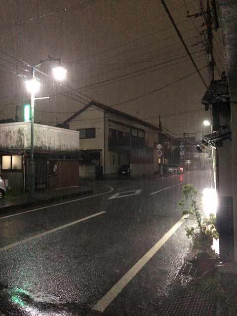 雨3豪雨1.jpg