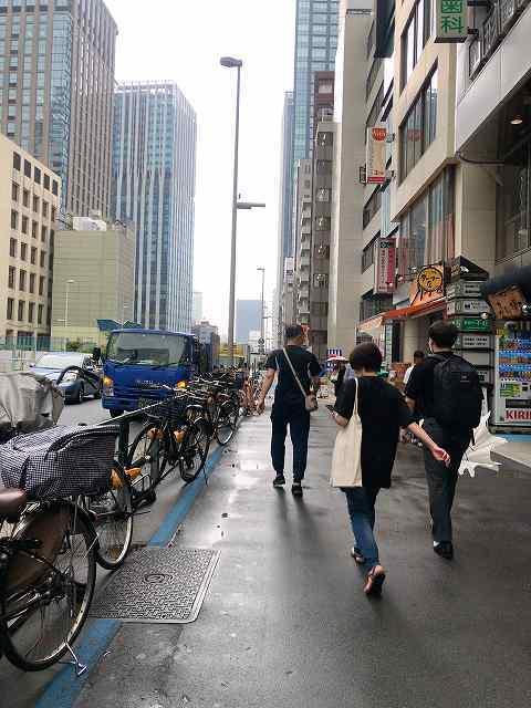雨の西新宿2.jpg
