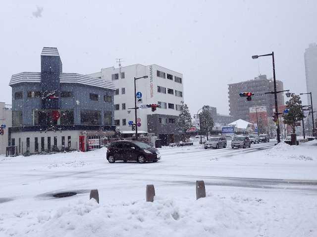 雪のあら町1.jpg
