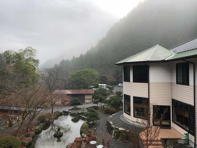 霧の朝2.jpg