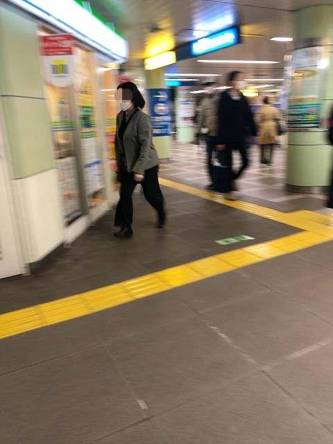 駅6脱兎2-1.jpg