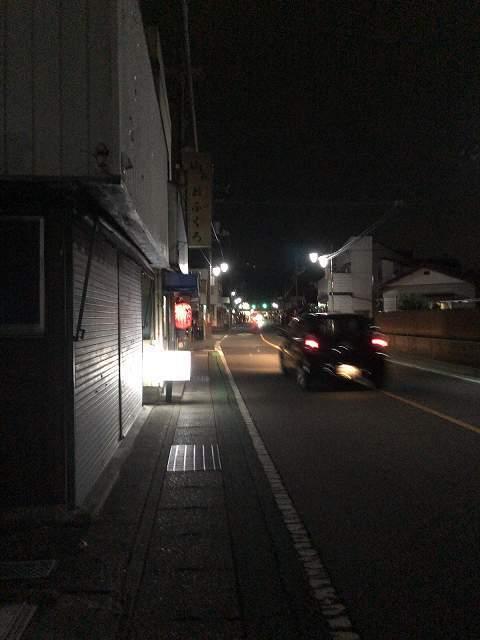 駅までの夜道.jpg