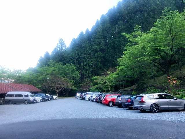 駐車場1-1.jpg
